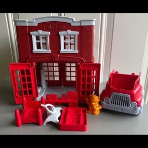 GUC Green Toys Fire Station Playset